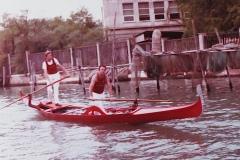 Gondolino rosso Vogalonga anni 70